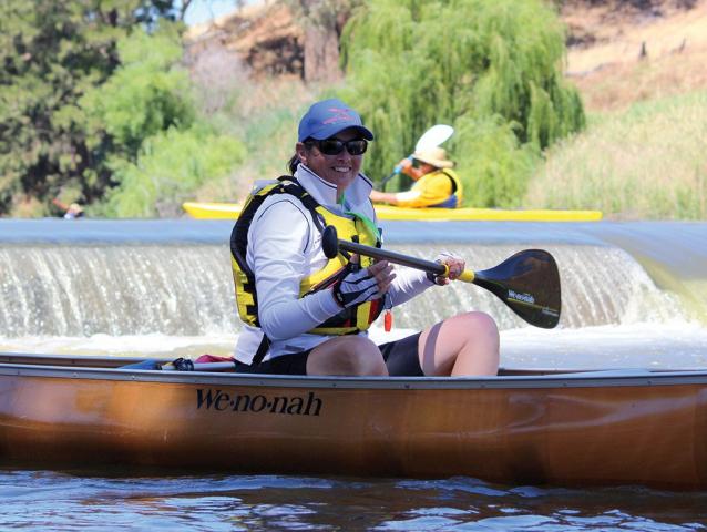 Happy canoeist on Macquarie River at Dubbo